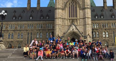 Lower school students on a field trip to city hall